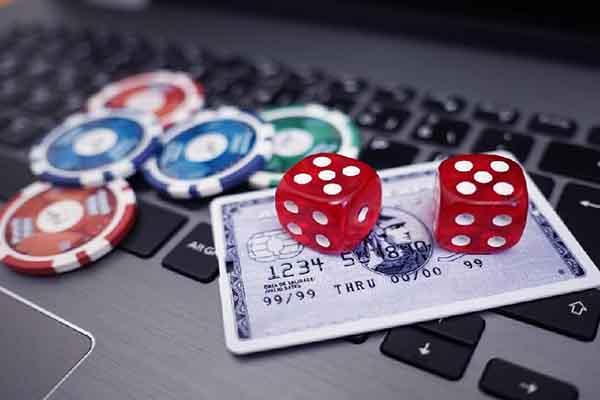 Tổng hợp những cổng game bài tặng tiền khi đăng ký 2020