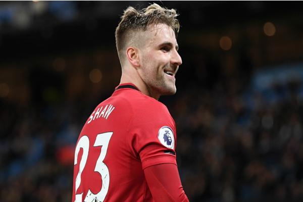 Top những cầu thủ đẹp trai nhất Ngoại hạng Anh khiến người hâm mộ xao xuyến